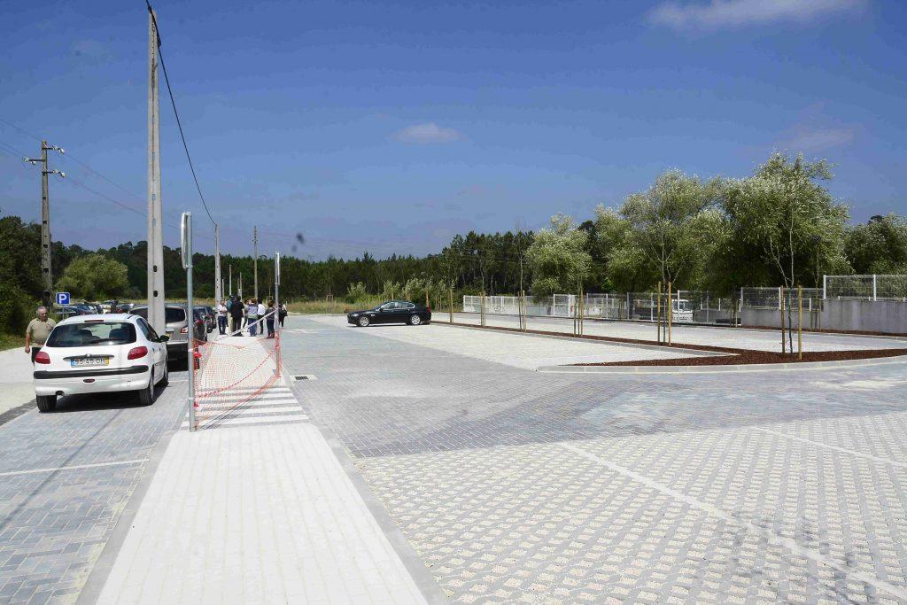 parque de estacionamento da USF do Oeste